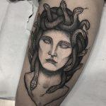 medusa blackwork pedro veloso kapala tattoo